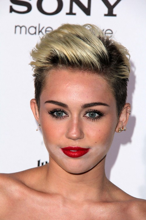 Miley Cyrus New Hairstyle1