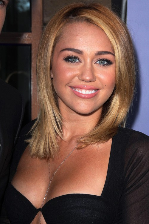 Miley Cyrus hairstyle 2019
