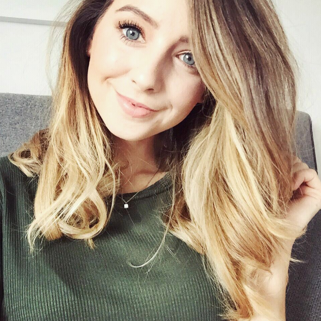 Zoe Sugg 2020 New Hairstyle Looks Natural
