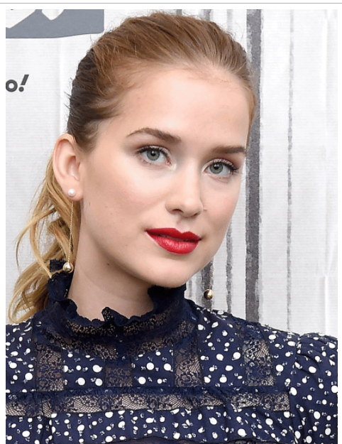 Elizabeth Lail New Hairstyle